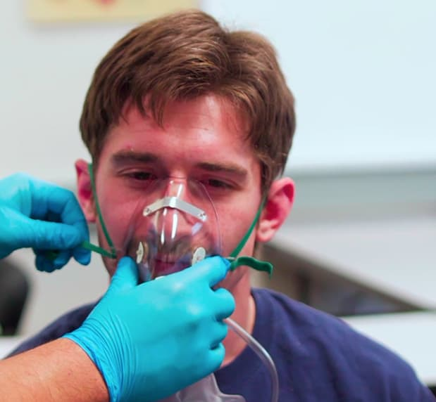 Training video, putting on mask